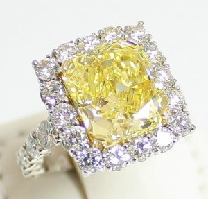 Auction a Diamond Ring in Baton Rouge